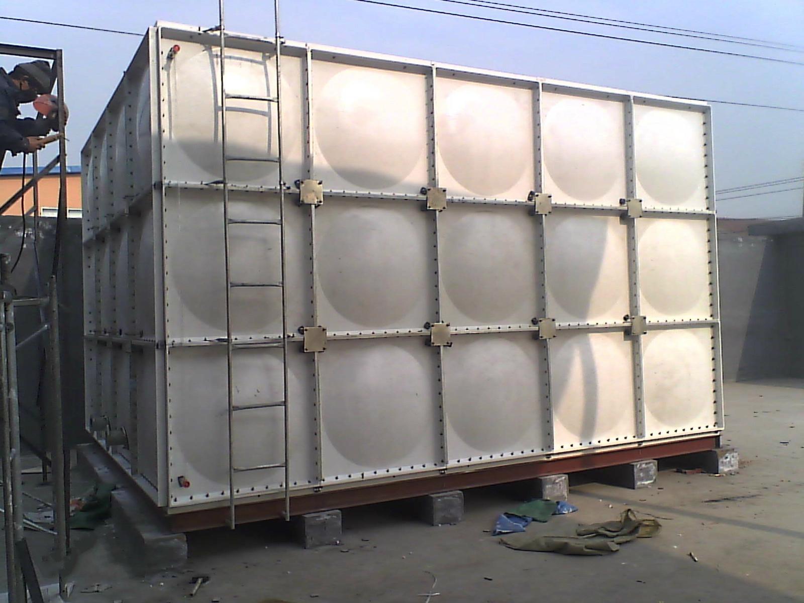 沈阳玻璃钢水箱(生活用水水箱、消防水箱、工业水箱)